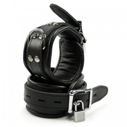Lockable Padded Black Leather Ankle Cuffs - os-ankle01