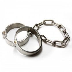 Heavy Stainless Steel Ankle Cuffs (Male) by MAE-Toys - mae-sm-071m